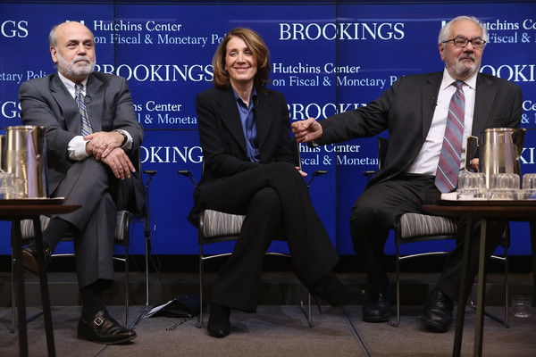 Former Fed Officials Discuss Role of Federal Reserve