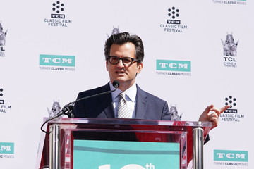Ben Mankiewicz TCM Honors Billy Crystal With A Hand And Footprint Ceremony