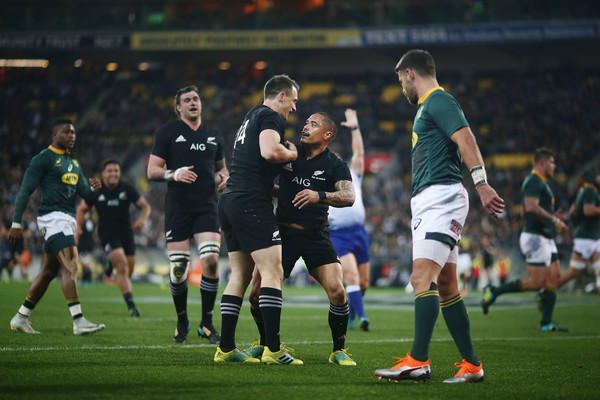 New Zealand vs. South Africa - The Rugby Championship [sports,soccer,team sport,ball game,player,sport venue,football player,team,sports equipment,soccer player,ben smith,aaron smith,v,try,south africa,westpac stadium,wellington,new zealand,rugby championship,match]