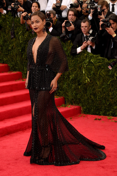 Red Carpet Arrivals at the Met Gala — Part 3 []