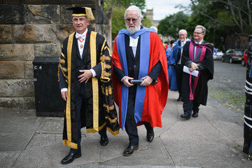 Billy Connolly Sir Billy Connolly Receives Honorary Degree From Strathclyde University