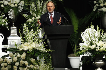 Billy Crystal Funeral Held For Boxing Legend Muhammad Ali In His Hometown Of Louisville, Kentucky
