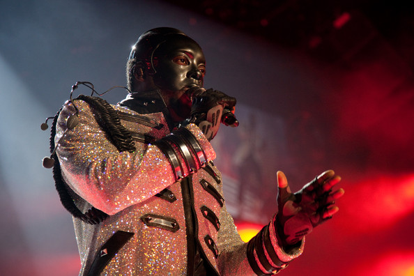an introduction to the band black eyed peas Fergie met josh duhamel when the black eyed peas were filming with the actor in las vegas they became engaged in 2007 and wed two years later in malibu- in 2013 fergie gave birth to their son axl.