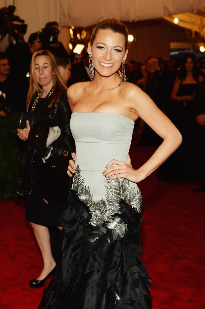 Blake Lively - Red Carpet Arrivals at the Met Gala