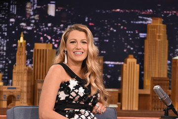 """Blake Lively Blake Lively Visits """"The Tonight Show Starring Jimmy Fallon"""""""