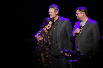 Blake Shelton C'Ya On The Flipside Benefit Concert! To Benefit The Troy Gentry Foundation