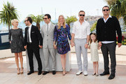 """Actress Michelle Williams, director Derek Cianfrance, producers  Alex Orlovsky, Lynette Howell, actor Ryan Gosling, actress Faith Wladyka and producer Jamie Patricof attend the """"Blue Valentine"""" Photocall at the Palais des Festivals during the 63rd Annual Cannes Film Festival on May 18, 2010 in Cannes, France."""