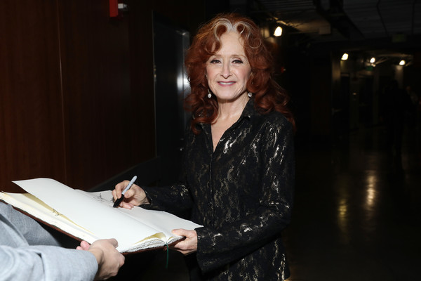 62nd Annual GRAMMY Awards - GRAMMY Charities Signings Day 4 [event,smile,bonnie raitt,signings,california,los angeles,staples center,annual grammy awards,grammy charities signings,bonnie raitt,staples center,grammy awards,photograph,image,americana,americana music honors awards,livingly media,2018,2019]