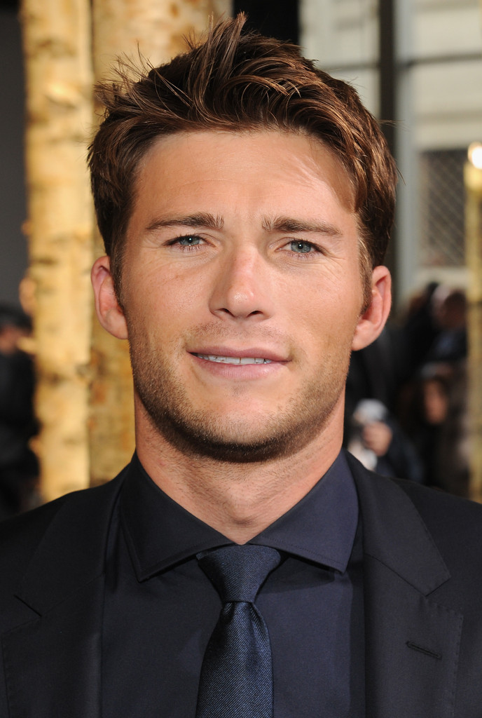 Scott Eastwood - Scott Eastwood Photos - Front Row at the