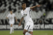 Jo of Corinthians celebrates a scored goal during the match between Botafogo and Corinthians as part of Brasileirao Series A 2017 at Engenhao Stadium on October 23, 2017 in Rio de Janeiro, Brazil.