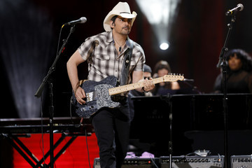 Brad Paisley America Salutes You Presents A Tribute To Billy Gibbons, A Live Benefit Concert