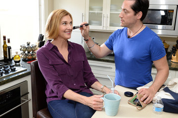 Brenda Strong Brenda Strong Teams Up with Pfizer