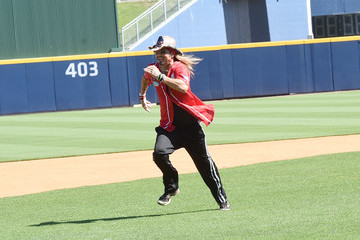 Bret Michaels 26th Annual City of Hope Celebrity Softball Game - Game