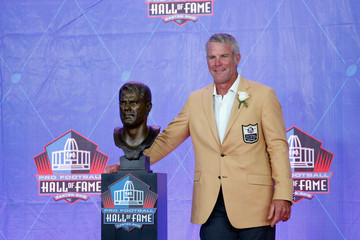 Brett Favre NFL Hall of Fame Enshrinement