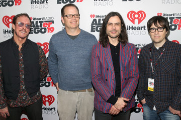 Brian Bell 2019 iHeartRadio ALTer Ego – Red Carpet