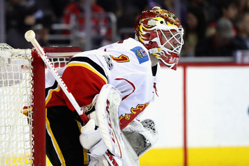 Brian Elliott Calgary Flames v Washington Capitals