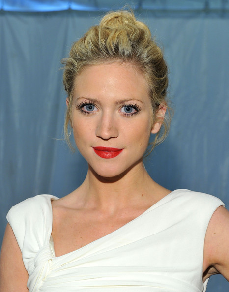 brittany snow twitter