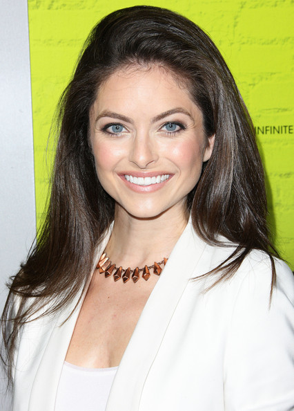 Brooke Lyons Photos Premiere Of Summit Entertainments The Perks