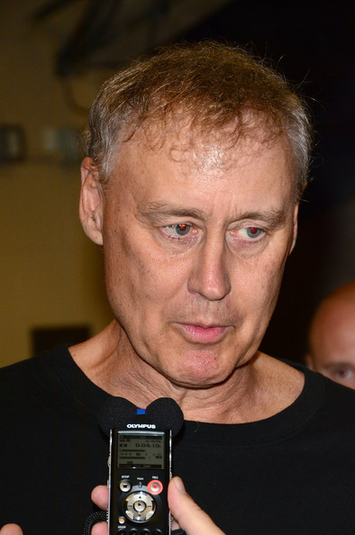 how tall is bruce hornsby