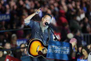 Bruce Springsteen Hillary Clinton Campaigns Across US One Day Ahead Of Presidential Election