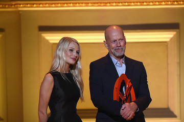 Bruce Willis Cindi Leive Honors the 2014 Women of the Year