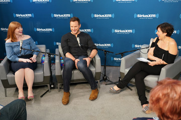 Bryce Dallas Howard SiriusXM's Town Hall With The Cast Of 'Jurassic World: Fallen Kingdom'