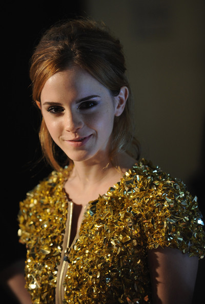 burberry wallpaper. emma watson urberry wallpaper