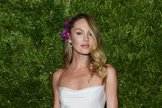 Candice Swanepoel attends the CFDA / Vogue Fashion Fund 2019 Awards at Cipriani South Street on November 04, 2019 in New York City.