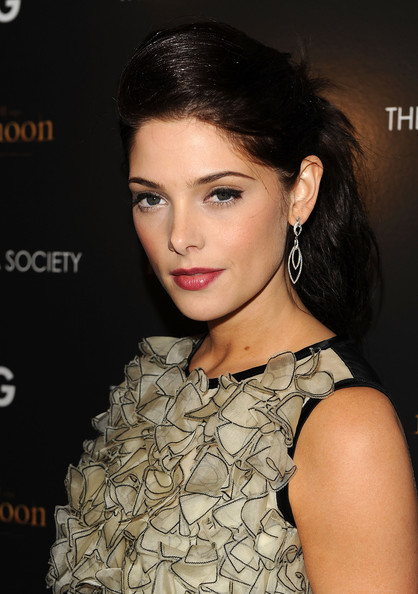 Actress Ashley Greene attends THE CINEMA SOCIETY and D&G screening of THE TWILIGHT SAGA: NEW MOON at Landmark's Sunshine Cinema on November 19, 2009 in New York City.