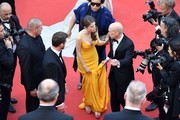 (From R) US producer Jeffrey Katzenberg, US actress and singer Anna Kendrick and US actor and singer Justin Timberlake arrive on May 11, 2016 for the opening ceremony for the 69th Cannes Film Festival, southern France. / AFP / Antonin THUILLIER