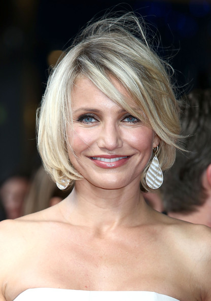 http://www2.pictures.zimbio.com/gi/Cameron+Diaz+Expect+Expecting+UK+Film+Premiere+WpHZslvZIrwl.jpg