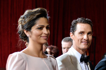 Camila Alves Stars Leave the Academy Awards