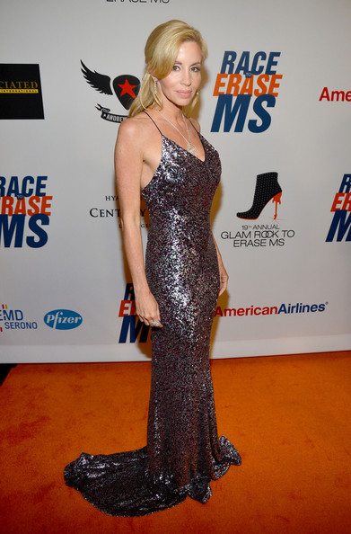 Camille Grammer Photos Photos  19th Annual Race To Erase MS  Red Carpet  Z -> Tabé Camille