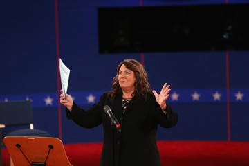 Candy Crowley Barack Obama And Mitt Romney Participate In Second Presidential Debate