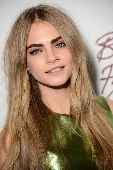 The EXACT Product Cara Delevingne Uses to Get Bold Brows ...
