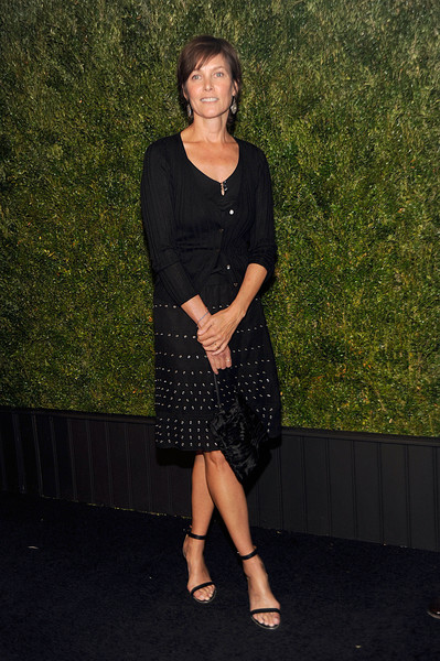 Carey Lowell Photos Photos - 11th Annual Chanel Tribeca ...