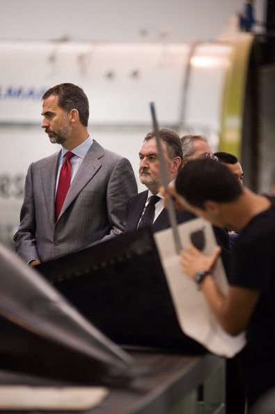 Prince Felipe Tours the Carbures Europe Manufacturer