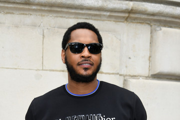 Carmelo Anthony Dior Homme : Front Row - Paris Fashion Week - Menswear Spring/Summer 2018