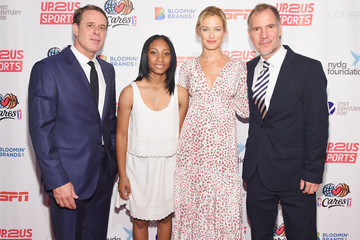 Carolyn Murphy Up2Us Sports and Celebs Honor Mo'ne Davis and Her Coach