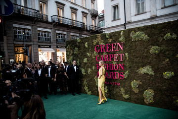Carolyn Murphy Green Carpet Fashion Awards Italia 2018 - Alternative Views