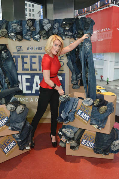 Carrie Keegan Supports DoSomething.org And Aeropostale's 6th Annual Teens For Jeans