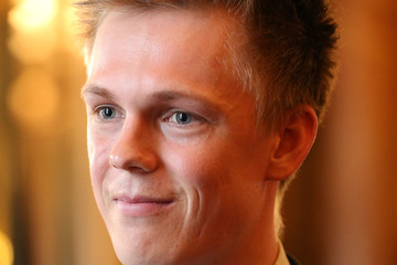 Caspar Lee 2017 Queen's Young Leaders Awards Ceremony