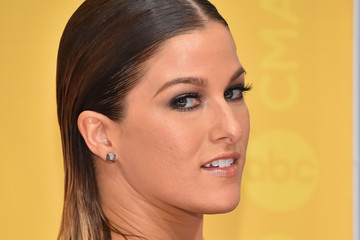 Cassadee Pope The 50th Annual CMA Awards - Arrivals