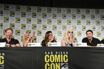 Cassie Scerbo Comic-Con International 2018 - 'The Last Sharknado: Its About Time' Panel