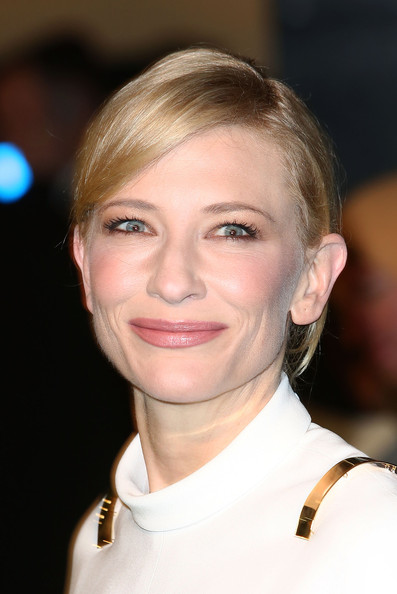 Cate Blanchett - The Hobbit: An Unexpected Journey - Royal Film Performance - Red Carpet Arrivals