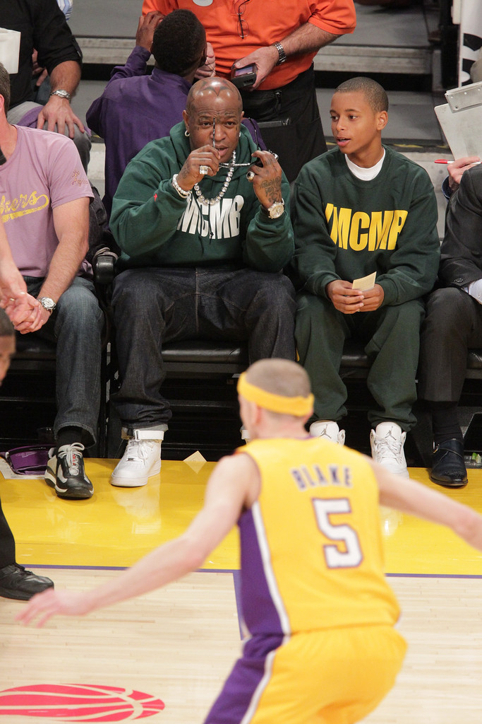 birdman in celebrities at the lakers game zimbio