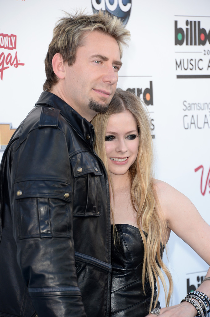 http://www2.pictures.zimbio.com/gi/Chad+Kroeger+2013+Billboard+Music+Awards+Arrivals+DQeMDyGMI3px.jpg