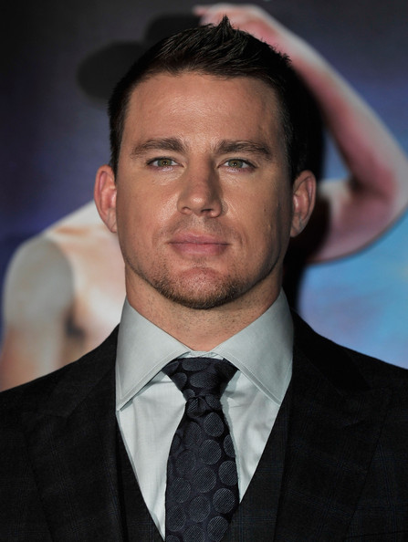 http://www2.pictures.zimbio.com/gi/Channing+Tatum+Magic+Mike+European+Premiere+mlB5mabR0tXl.jpg