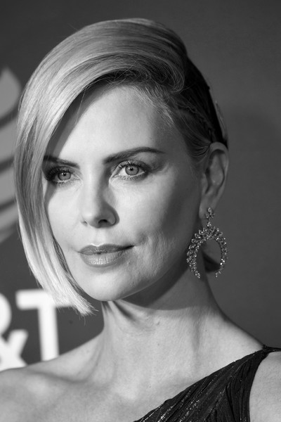 The 24th Annual Critics' Choice Awards - Arrivals [image,hair,face,eyebrow,hairstyle,lip,beauty,chin,skin,shoulder,nose,arrivals,charlize theron,critics choice awards,editors note,santa monica,california,barker hangar]