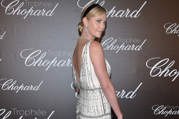 Charlize Theron Chopard Trophy Photocall - The 70th Annual Cannes Film Festival